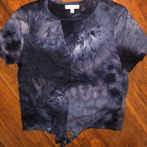 -casual top -navy blue tie dye